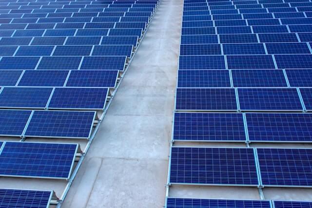 ③太陽光パネルの経年劣化による発電量低下