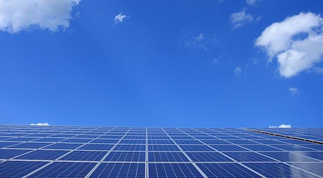 太陽光発電の発電量計算に必要な「出力」とは?