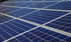 太陽光発電投資は不動産投資より儲かる?